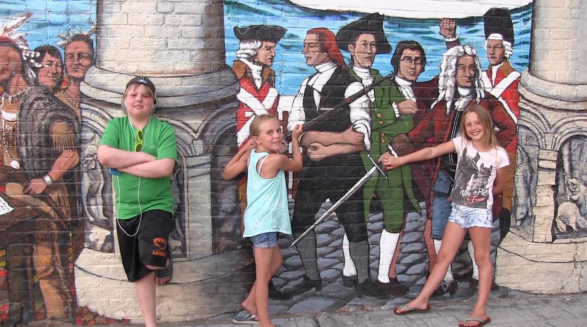 Kids-at-mural